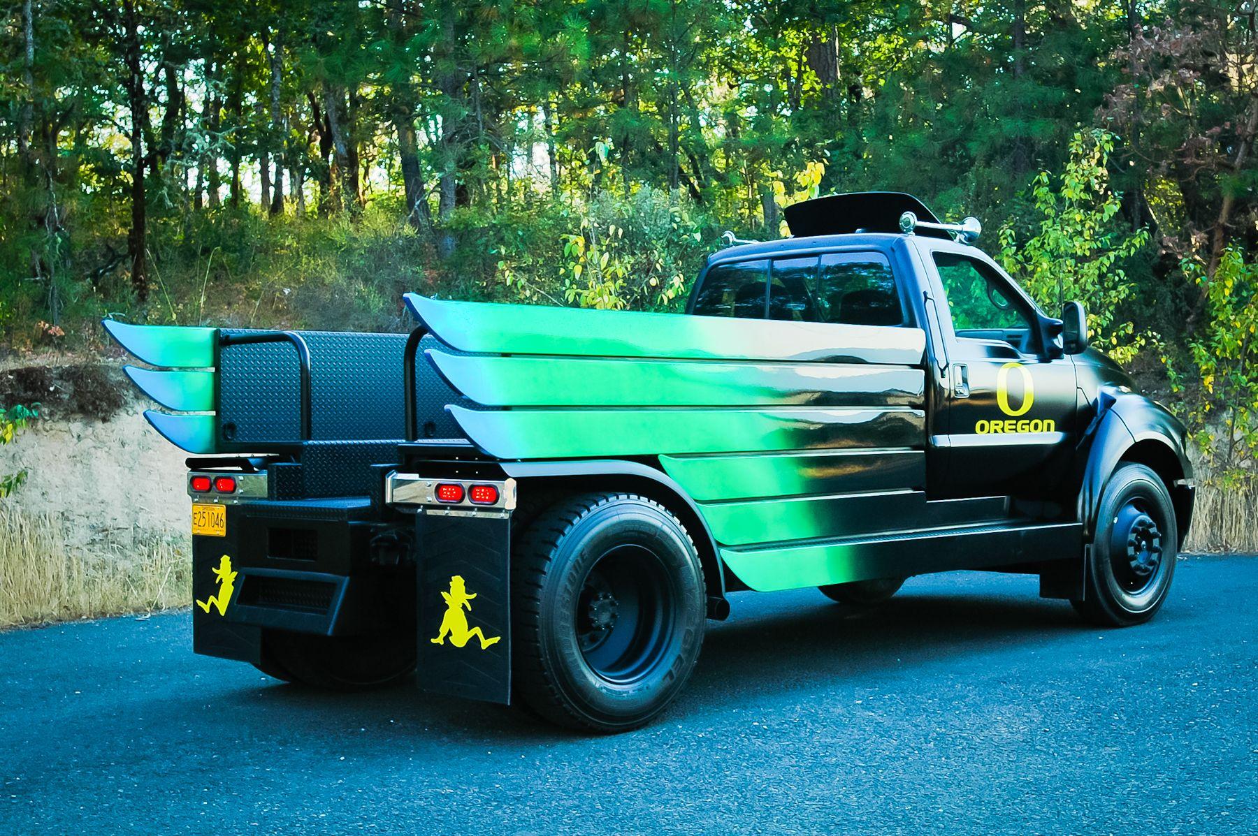 Oregon Duck Truck | STRIKER TRUCKS | Pinterest | Oregon ducks ...