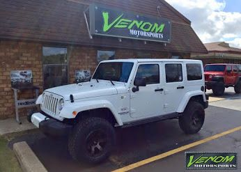 Jeep Wrangler With 2 5 Teraflex Suspension 17 Fuel Offroad Beast Wheels And Toyo A T Ii Tires Jeep Jeep Wrangler White Jeep Wrangler Jeep Wrangler Sahara