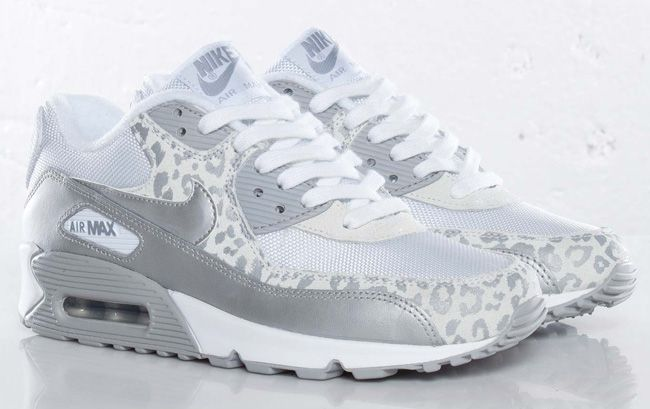 "Nike WMNS Air Max 90 ""Snow Leopard"" 