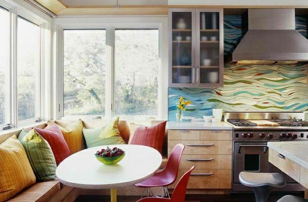 Esstisch mit Stühlen in der Küche - Gemütliche Essecke gestalten ...