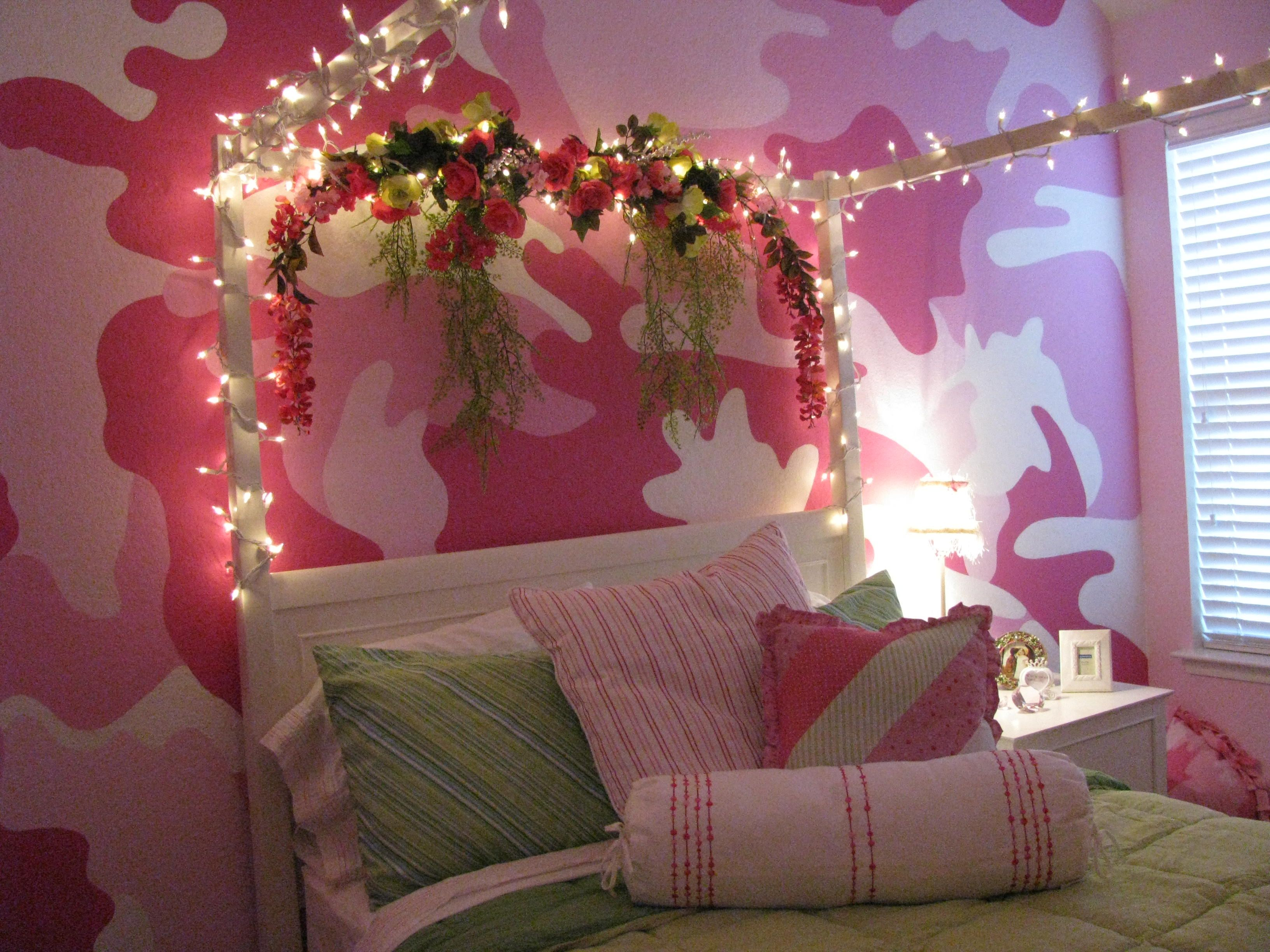Pink Camo Bedroom, family project we did for my niece! If only she ...