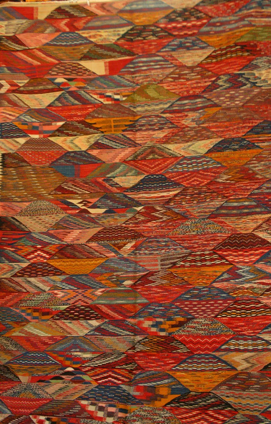 Moroccan Carpets. A new style of moroccan carpet design ...