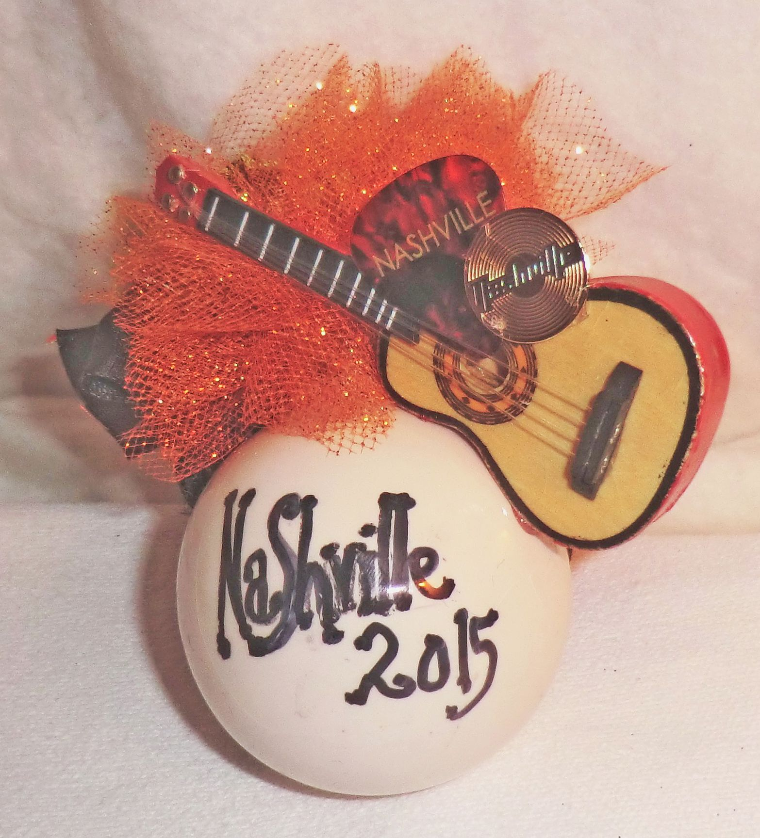 Nashville 2015 Christmas Ornament with Natural color trimmed in