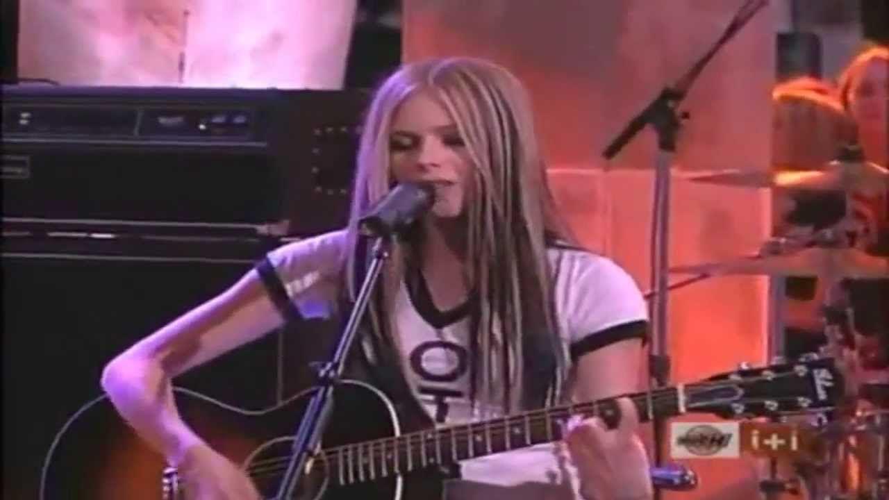 Avril Lavigne ☆ Nobodys Home ☆ Acoustic_live - YouTube