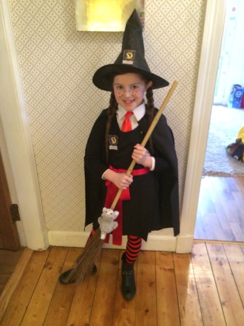 Mildred Hubble (The Worst Witch) | Clothes/Hair/Nails/Jewelry ...