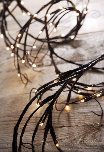 Led Branch Garland Lights Brown With 96 Warm White 6 Feet Plug In Colorful Wedding Flowers Simple Wedding Flowers Flower Centerpieces Wedding