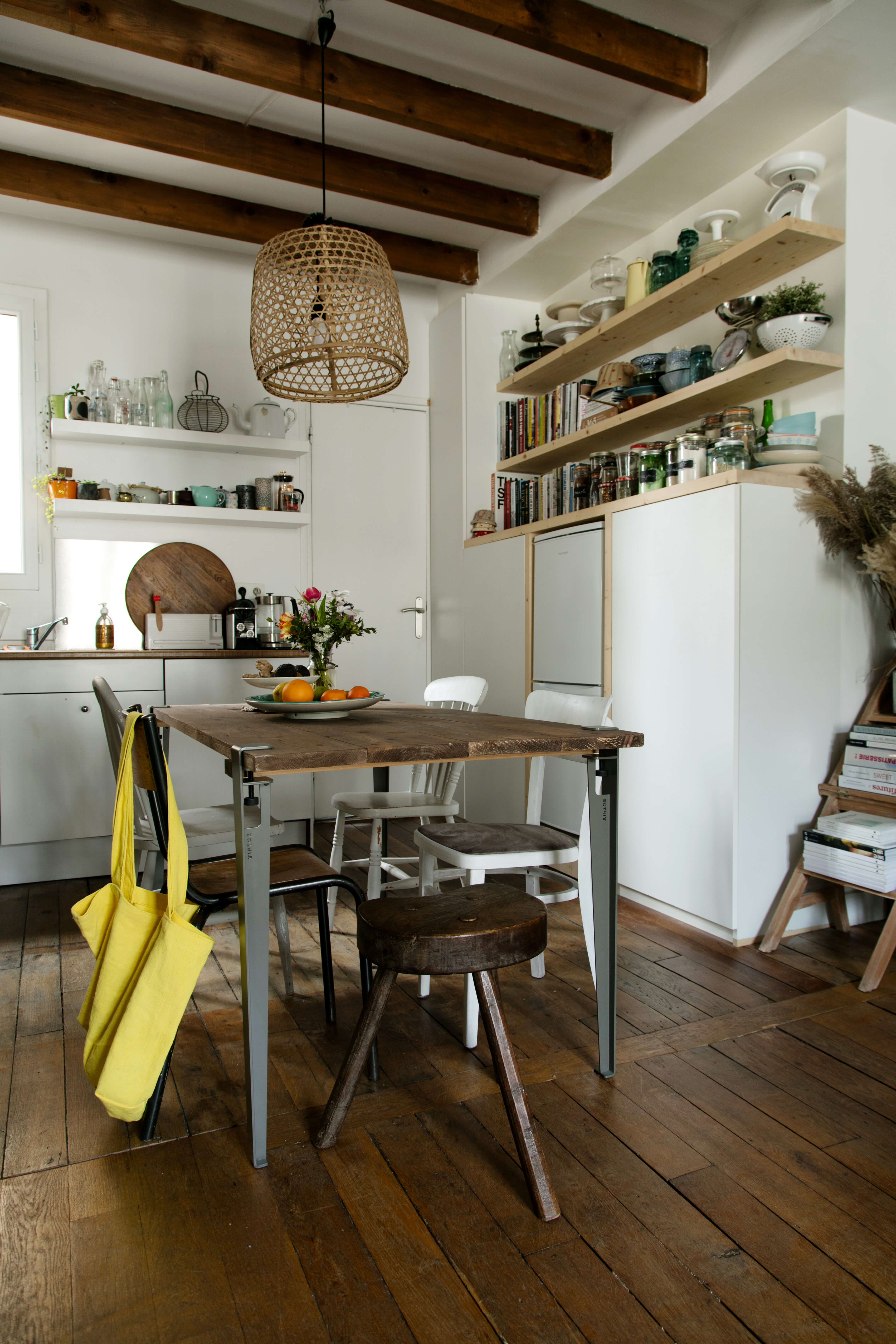 La table manger de sandrine portrait de la communaut - Table cuisine bois brut ...