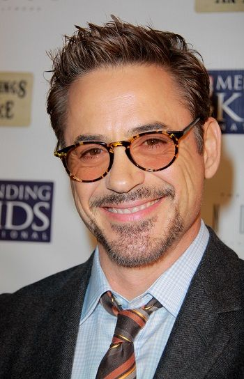 Robert Downey Jr Sizzling Hot Hairstyles For Older Men L Sophisticatedallure