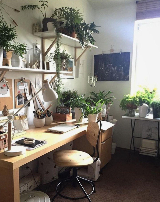 Home office com plantas  Home decor bedroom, Home office design