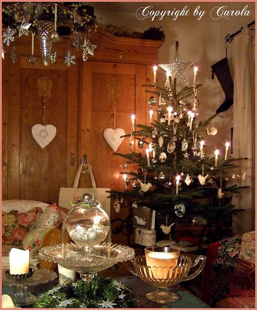 Oh Tannenbaum Oh Tannenbaum Wie Grun Sind Deine Blatter Christmas Tree Candles Christmas Decorations German Christmas