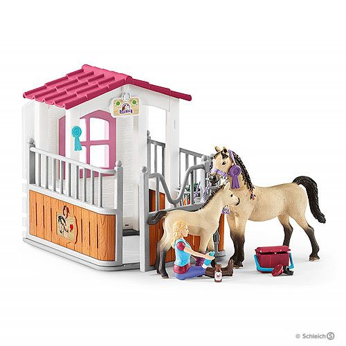 Schleich Horse Stall With Arab Horses And Groom Horse Stalls Horses Lps Littlest Pet Shop