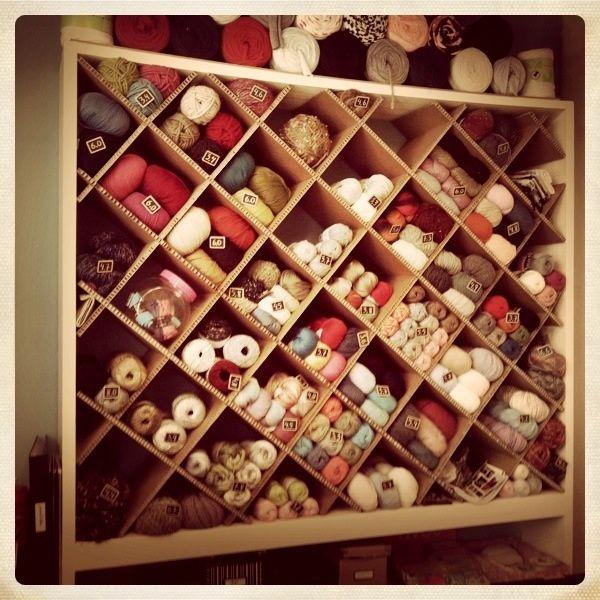 Mueble organizador para tienda de lanas la mercer a de for Mueble organizador de costura