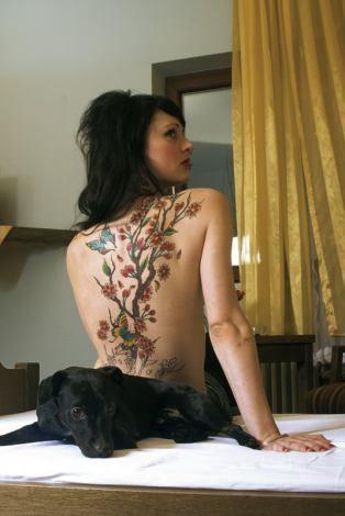 Jennifer Rostock Rückentattoo Tattoos Pinterest Tattoo Rücken