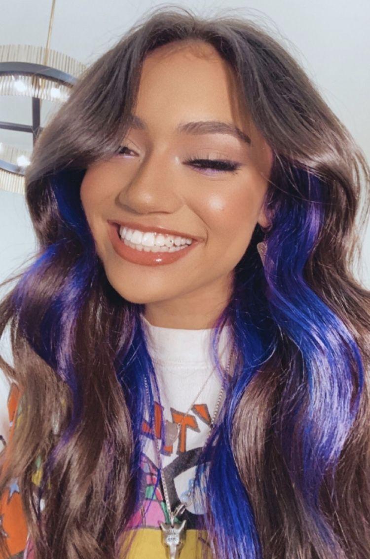 Pin By Andradi Bianka On Tiktok In 2020 Hair Color Underneath Hair Color Streaks Aesthetic Hair