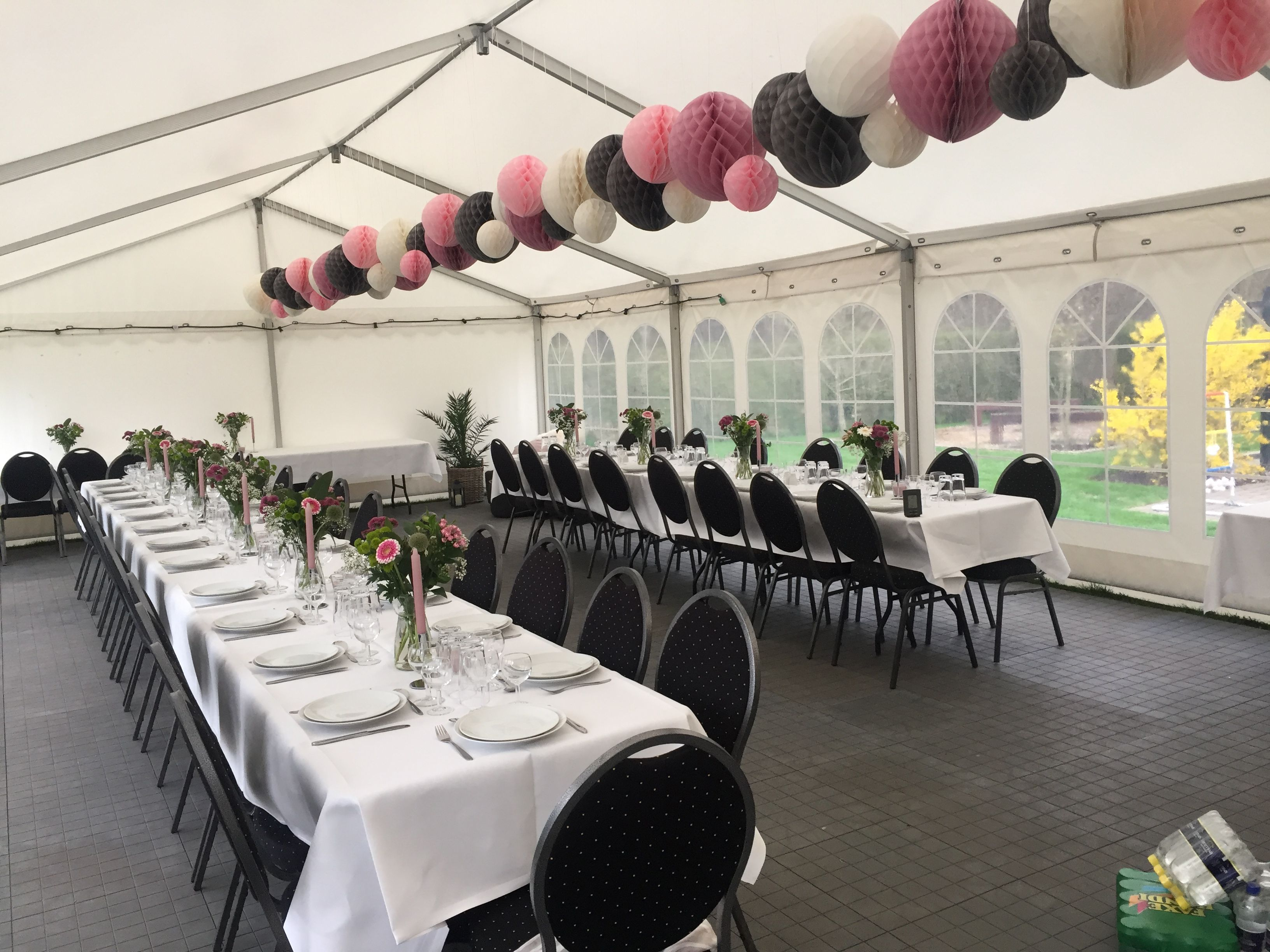 Konfirmation I Telt Bord Dekorationer Bryllup Baghave Bryllup