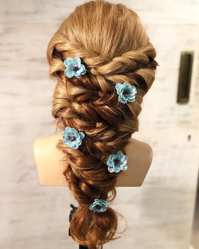 Best Hairstyle For A Wedding, Mehndi And Haldi With Floral | Cool hairstyles, Easy, beautiful ...