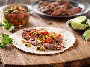 Beef + fajitas = ♥ https://meatmnbeef.com/2016/04/29/celebrate-cinco-de-mayo-with-quick-beef-fajitas/