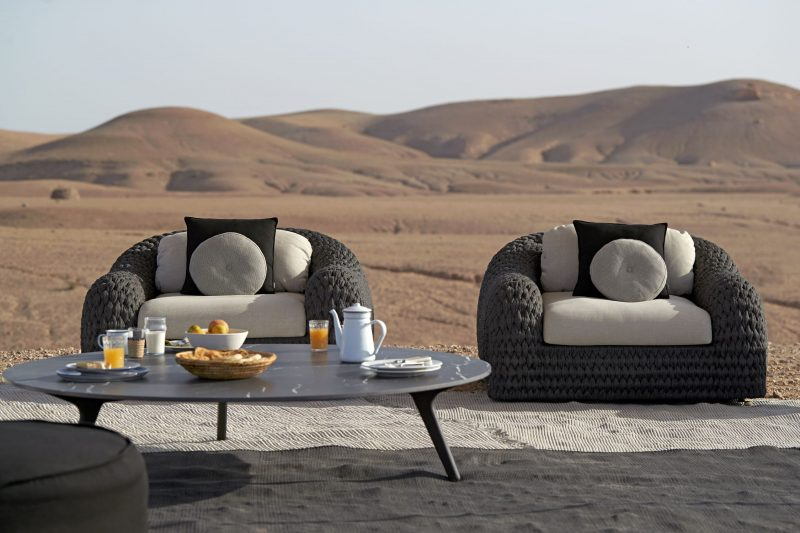 Luxury Outdoor Furniture Bring The Inside Out In 2020 Outdoor