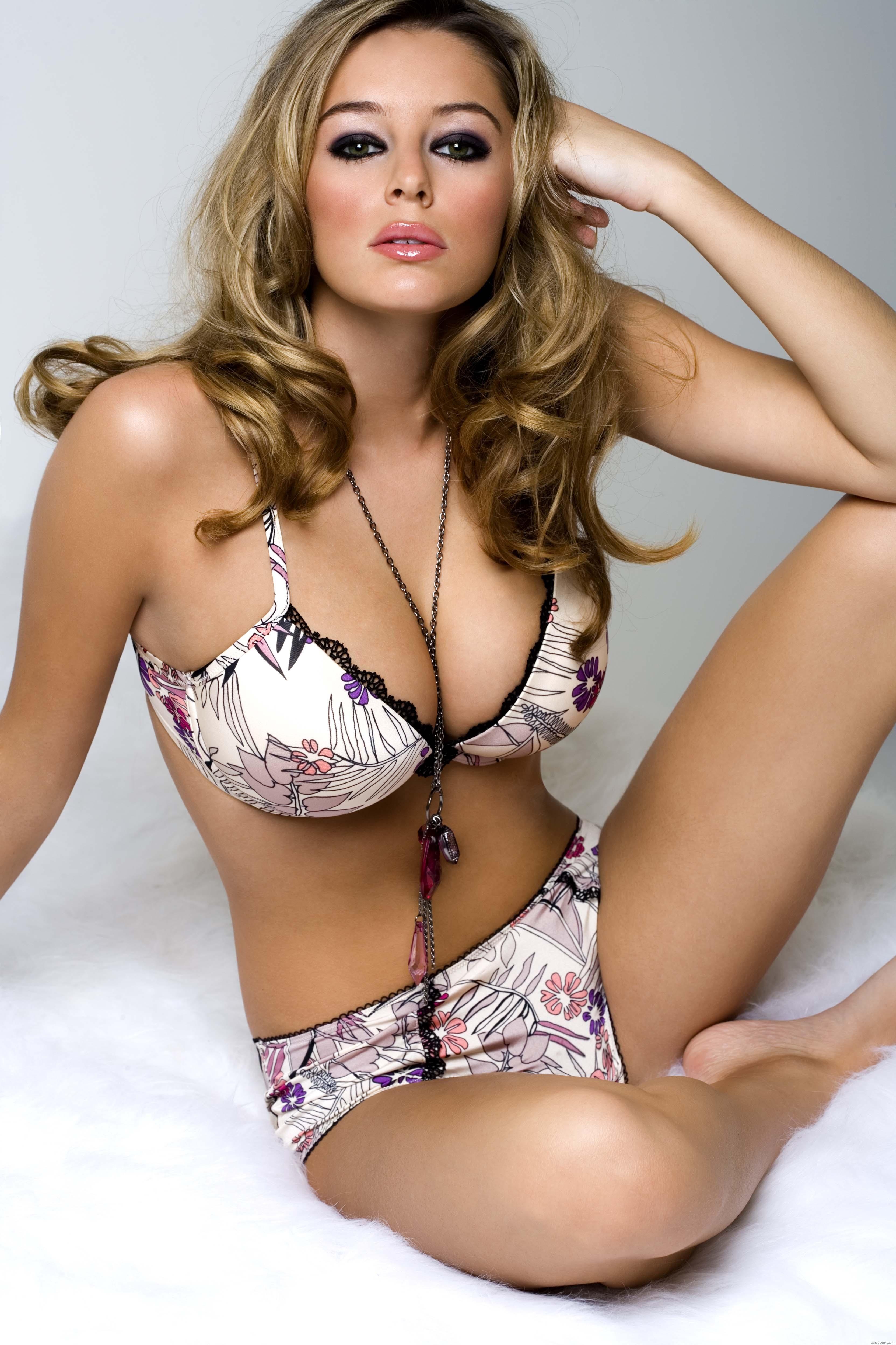 Young Alicia Machado nudes (44 photos), Pussy, Bikini, Feet, braless 2020
