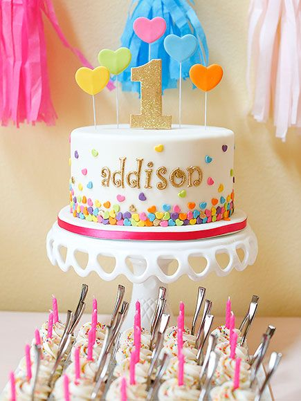 DeAnna Pappas Baby First Birthday Photos Frostings Confetti