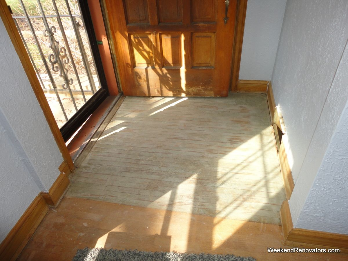 Vinal Foyer Entry Combind With Hardwood Floors Tile