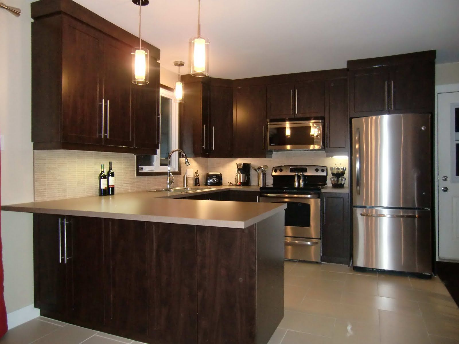 Armoire De Cuisine Specialitesmm Armoire De Cuisine En Thermoplastique Kitchen Window Design Kitchen Design Small Home Decor Kitchen