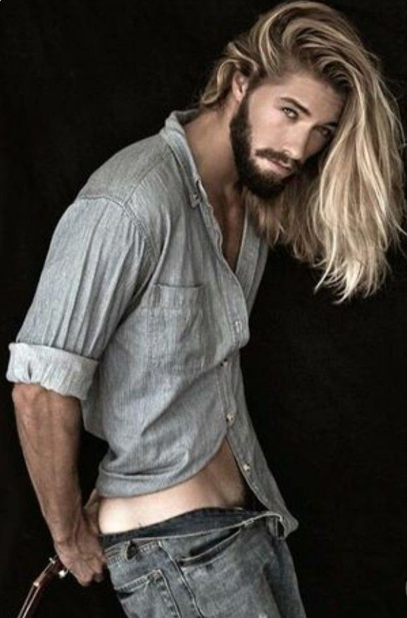 Pin De Tyler Barnes En Men S Hairstyles Hombres Pelo Largo
