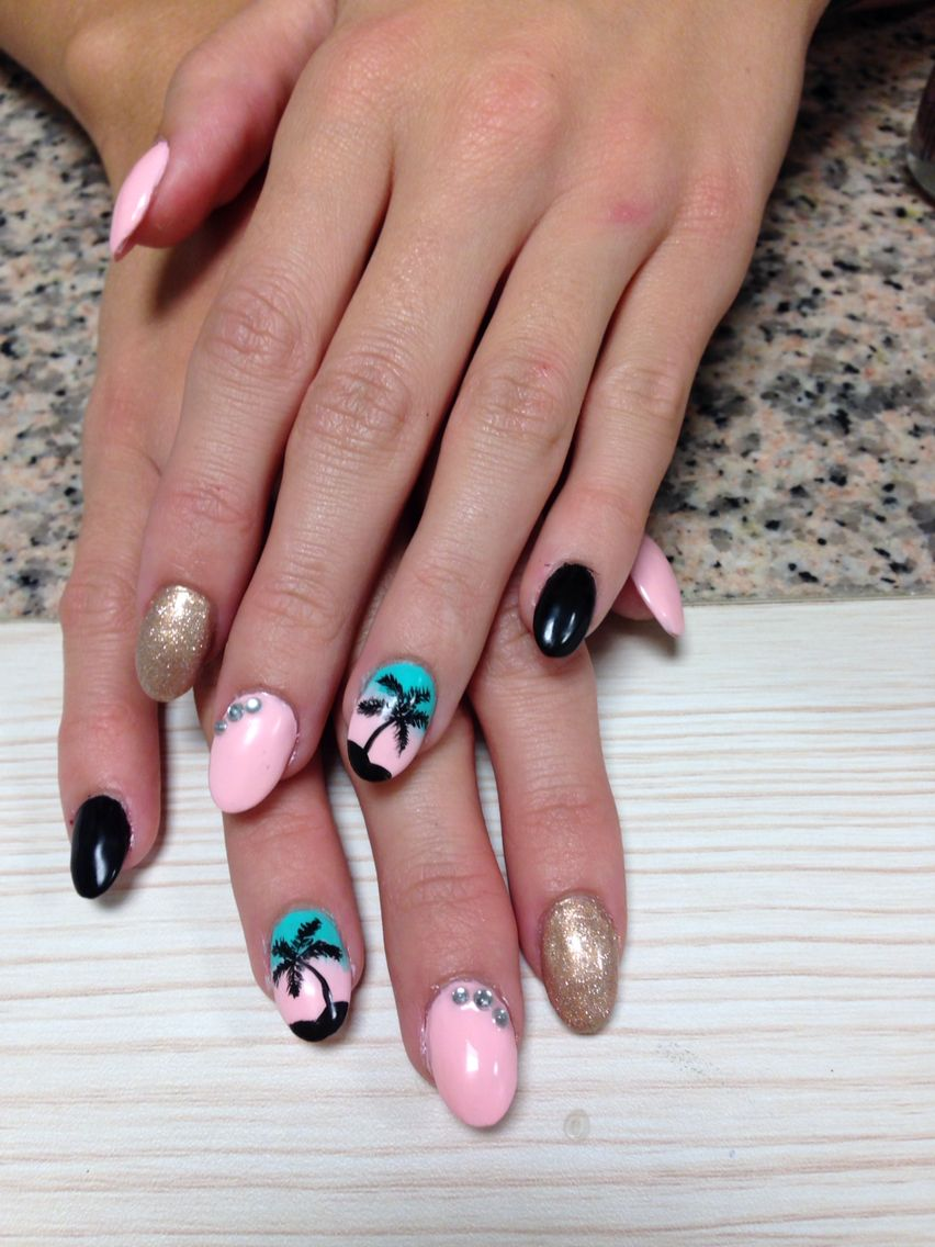 Beach nails ombre did them myself almond nails by me 3 beach nails ombre did them myself almond solutioingenieria Images