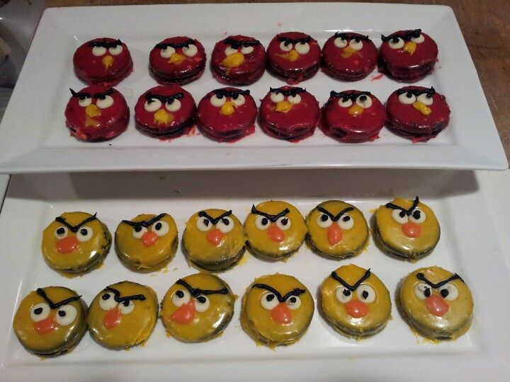 White chocolate-dipped Angry Birds Oreos, made by my awesome sister.