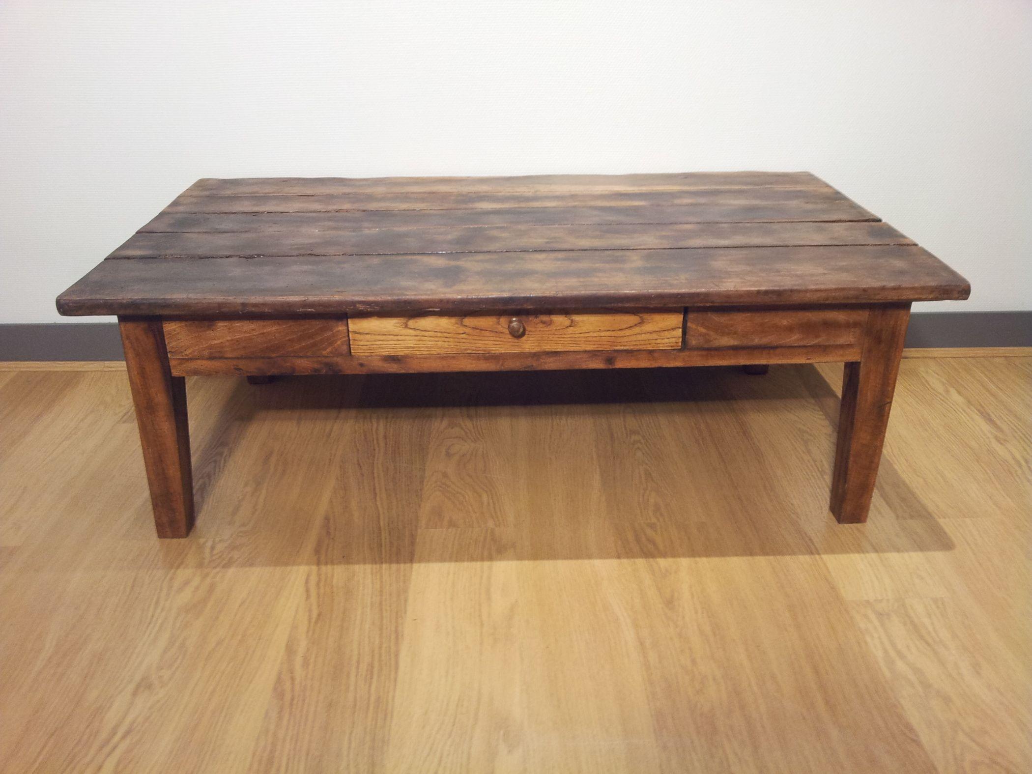Table Basse Ancienne En Bois 450 Euros Vendue Meubles Anciens Par Roch Zambelli Tables Basses Anciennes Table Basse Bois