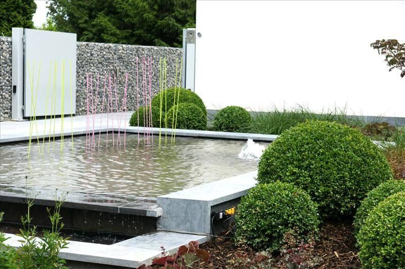 Minimalistic garden strakke moderne voortuin interni for Voortuin strak modern