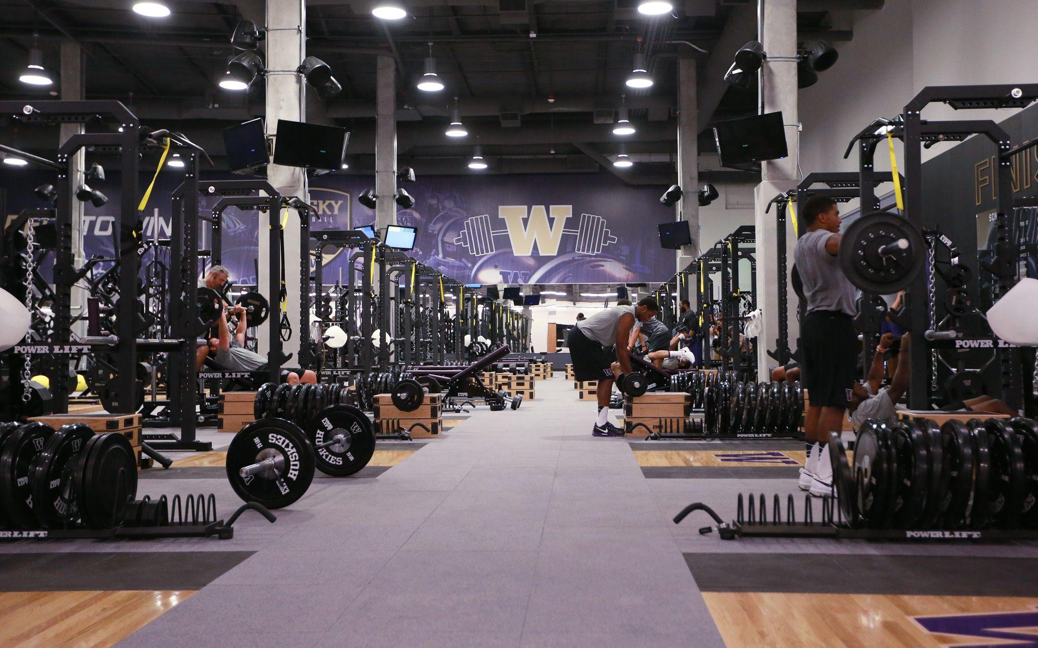 Washington University Huskies | College Weight Rooms in 2019 | Gym