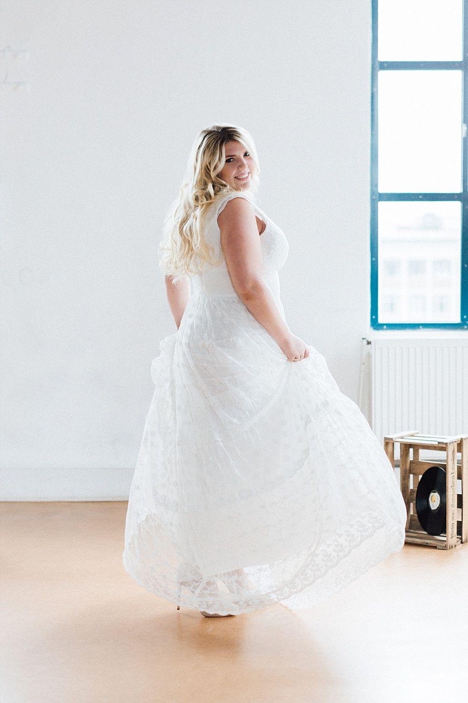 Brautkleider in großen Größen für Plus Size Bräute | Brautkleider ...