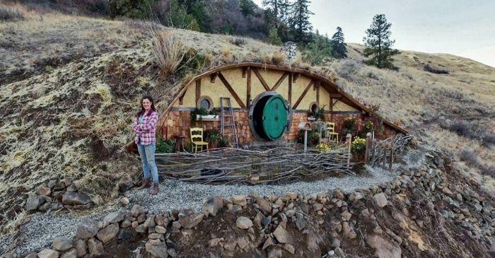 gartenhaus selber bauen willkommen im auenland hobbit h hle haus pinterest gartenhaus. Black Bedroom Furniture Sets. Home Design Ideas