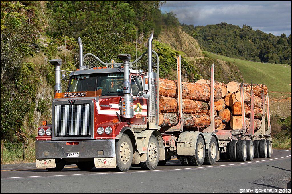 Bill Matariki A Tauranga New Zealand Based Western Star Twin Steer Truck With Four Axle Full T Western Star Trucks Classic Chevy Trucks Vintage Trucks