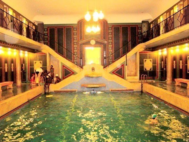 piscine du residence palace bruxelles deco in 2019. Black Bedroom Furniture Sets. Home Design Ideas