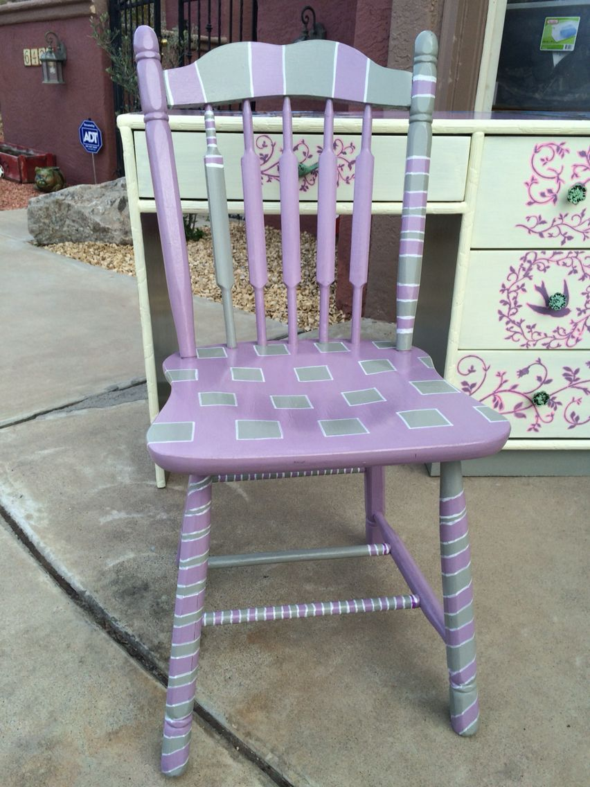 little girls chair on my hand painted little girls chair for flower desk heathers1handpainted weebly com painted rocking chairs funky painted furniture painted chairs pinterest