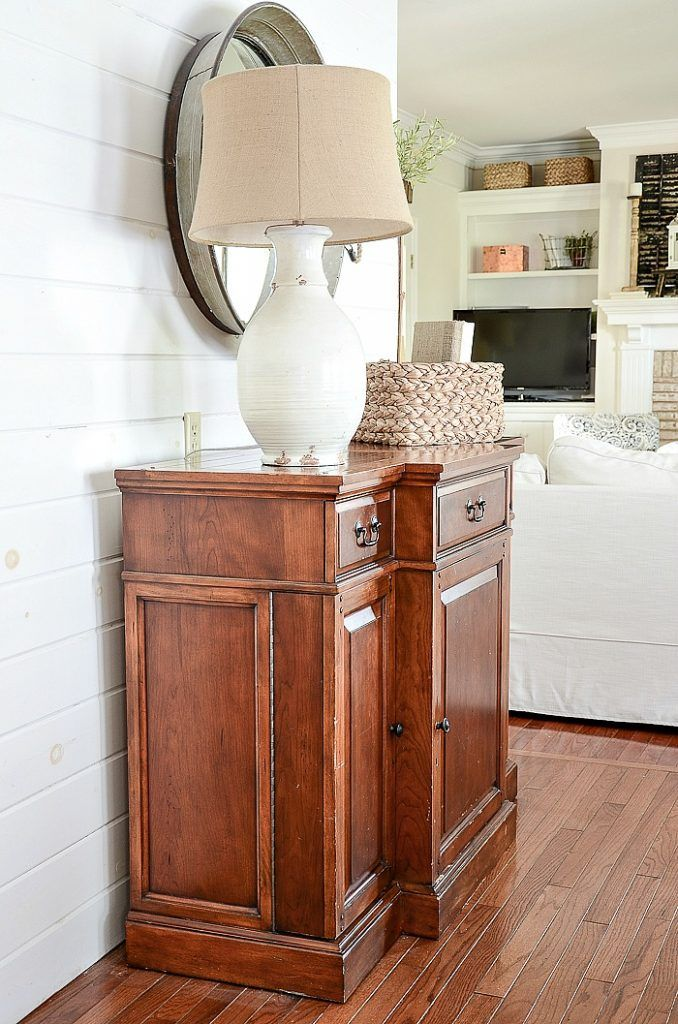 If you have a small space iny our home and wish it were bigger I'll show you how to not only make your space look large butlive large too. #homedecor #smallroom #classicdecor #decorating #decor #organizing #paint #tinyhouse #diningroom #breakfastroom