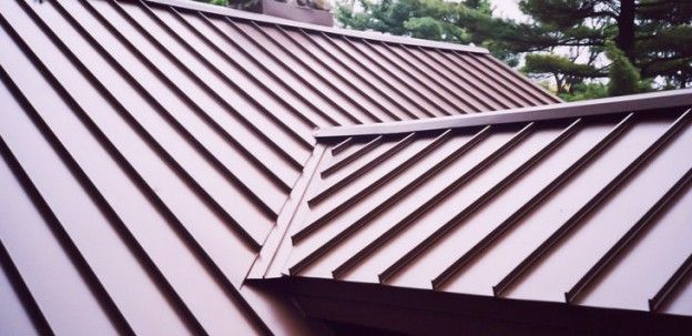 Reasons Homeowners Are Choosing Metal Roofing With Images Metal Roof Installation Metal Roofing Prices Metal Roofing Systems