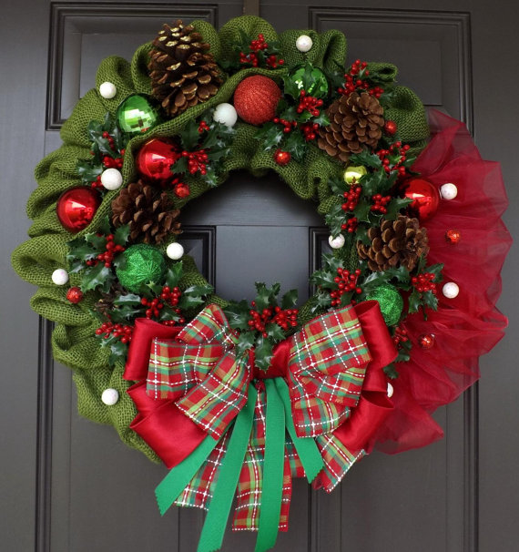 Green & Red Berries Christmas Wreath