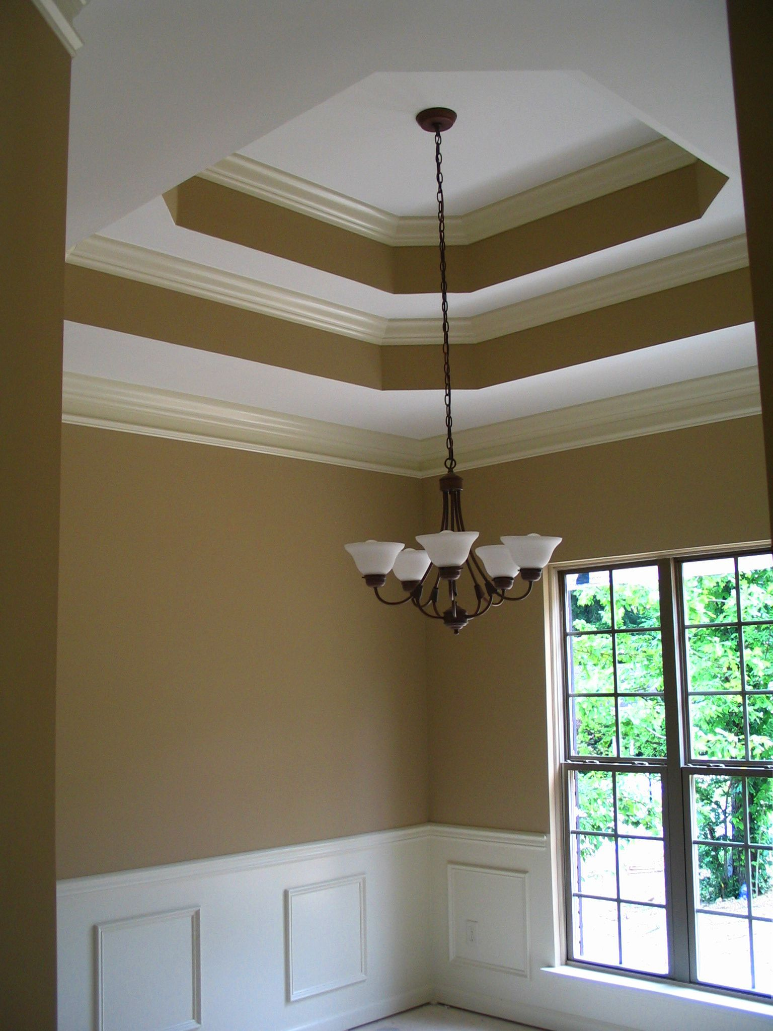 Double Tray Ceiling With Crown Moulding Larger Molding On The