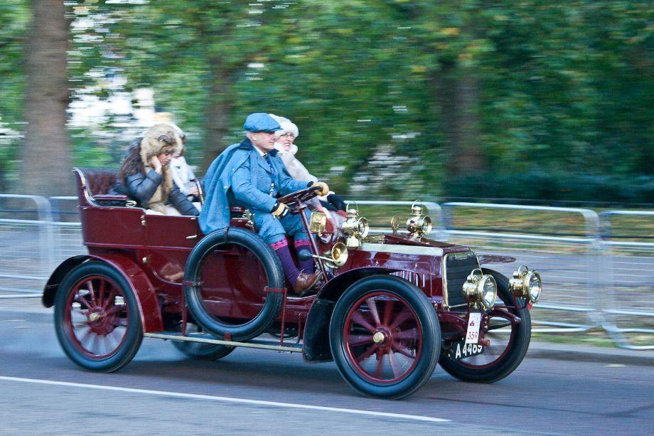 1904 Darracq | old cars | Pinterest | Veteran car and Cars