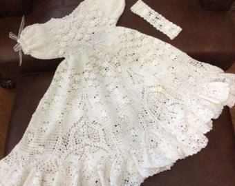 705fea24c75d Heirloom Vintage style Christening gown crochet par EmporiumHouse ...