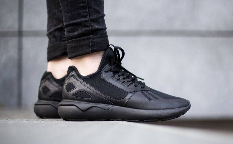 adidas – Tubular Runner Core Black | All