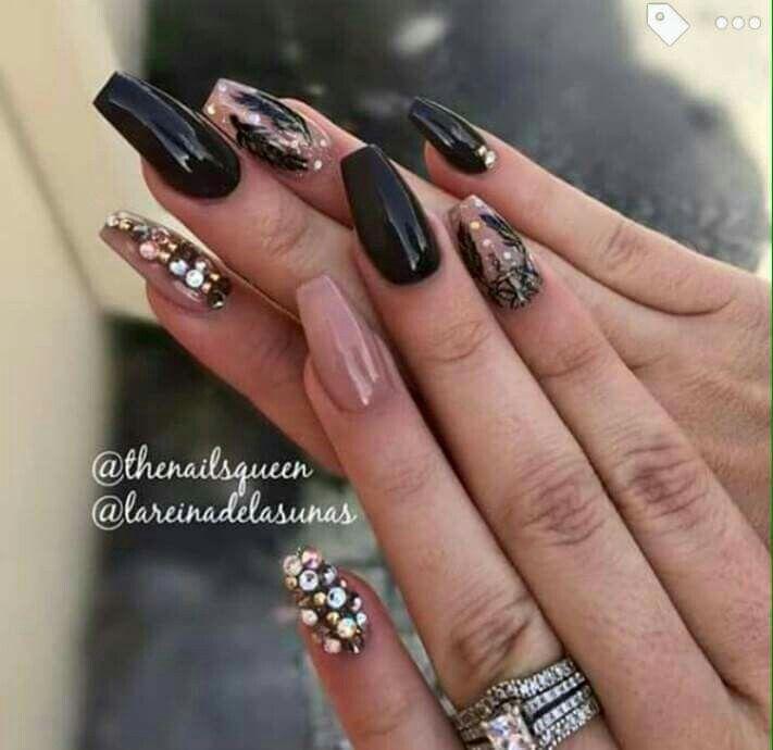 Piedras Doradas Y Perlas Uñas Diseños De Uñas Y