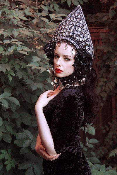 Russian Influence. Russian style in fashion. Kokoshnik