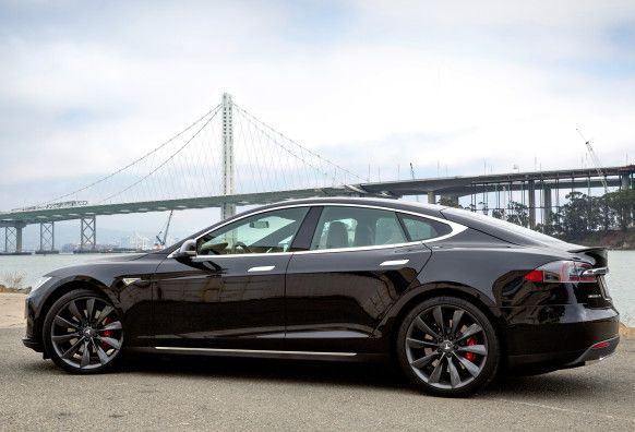 The Tesla Model S Is Now Officially The Top Selling Luxury Sedan In The U S Beating Out Cars From Establishe Luxury Sedan Sedan Tesla Motors Model S