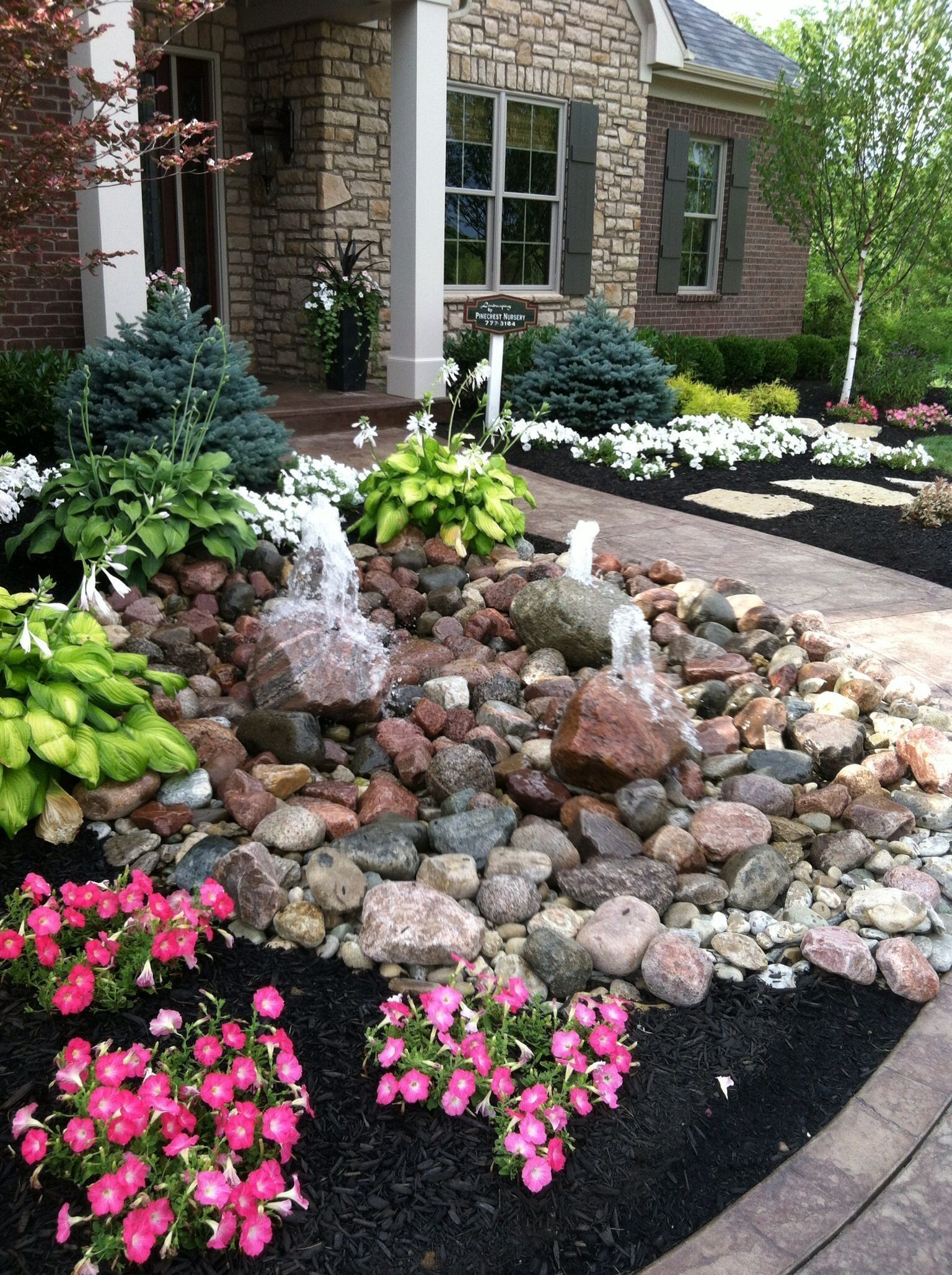 43 Lovely River Rocks for Front Porch | Small front yard ...