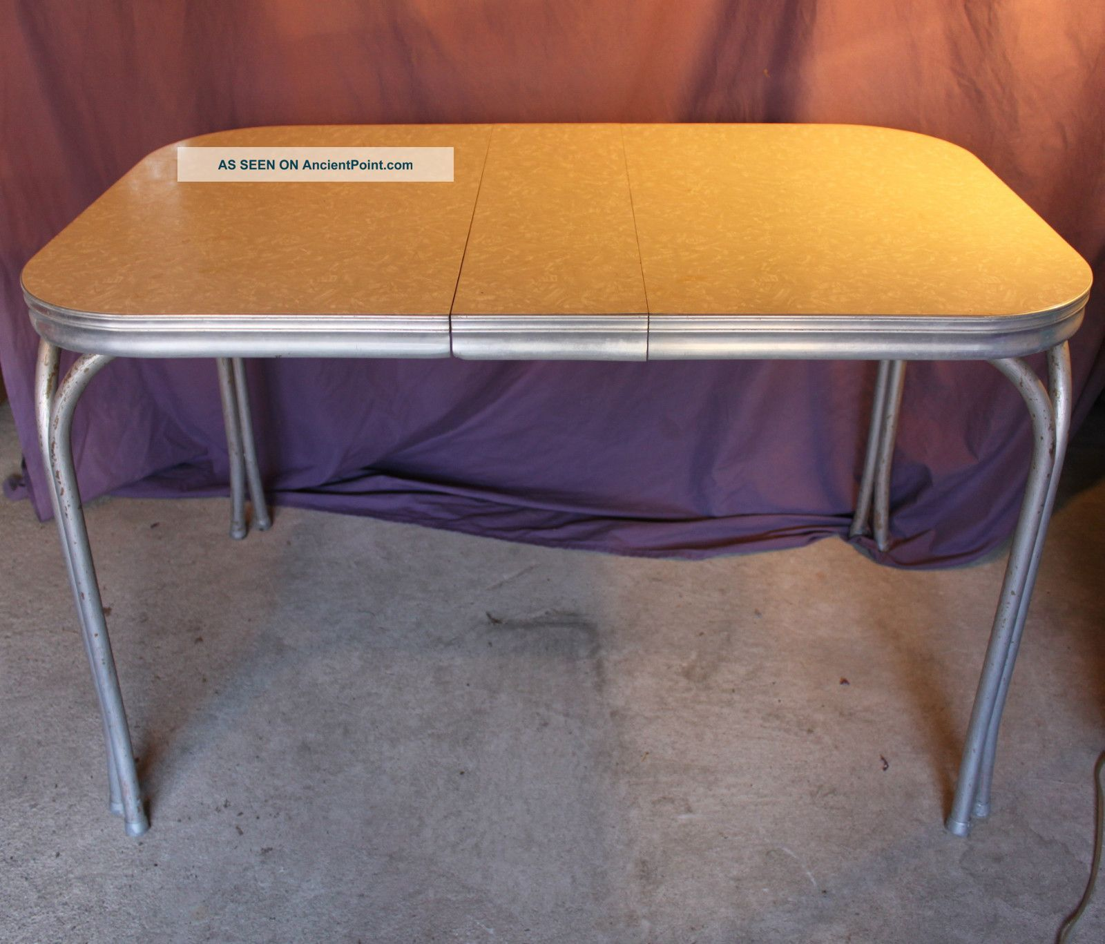 Vintage Retro 1950 U0027 S Mid   Century Diner Kitchen Table Formica Silver  Metal Chrome Photos And Information In AncientPoint