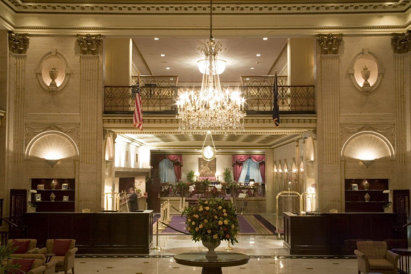Dim Lit Lobby Shot Nyc Hotels Roosevelt Hotel Holiday Hotel